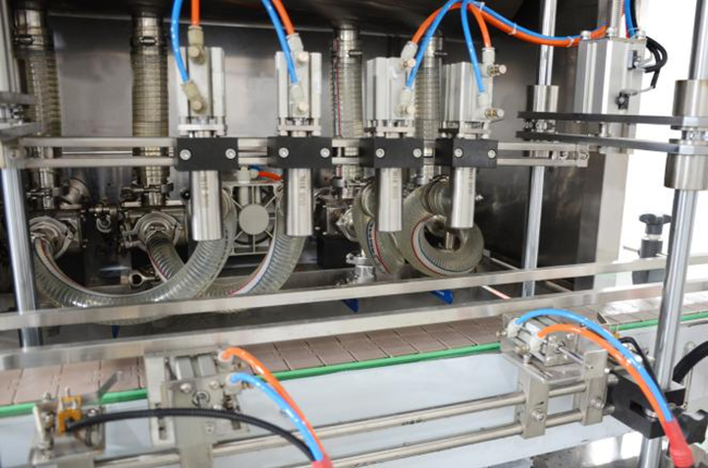 食用油灌装机和食用油灌装生产线介绍